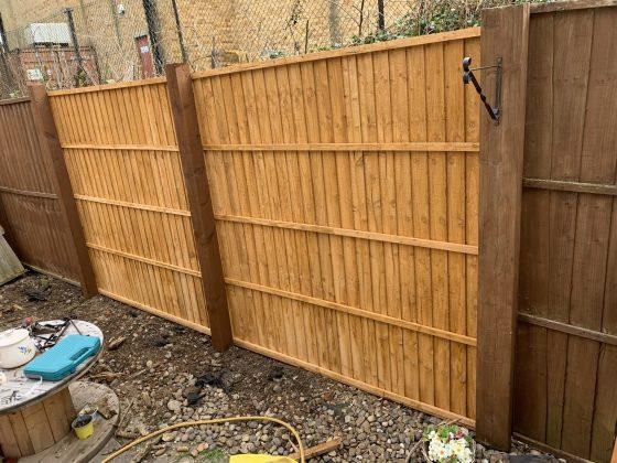 professional fence repair